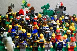 Lego-people-lego-8853733-2560-1718