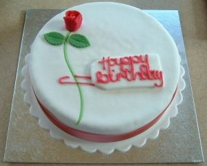 rose-birthday-cake_2608933