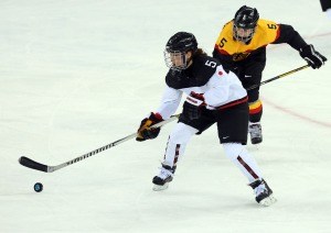 13_02_14_ice_Hockey_women_01_hd